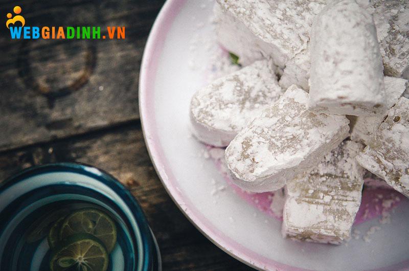 bánh hồng đặc sản quy nhơn