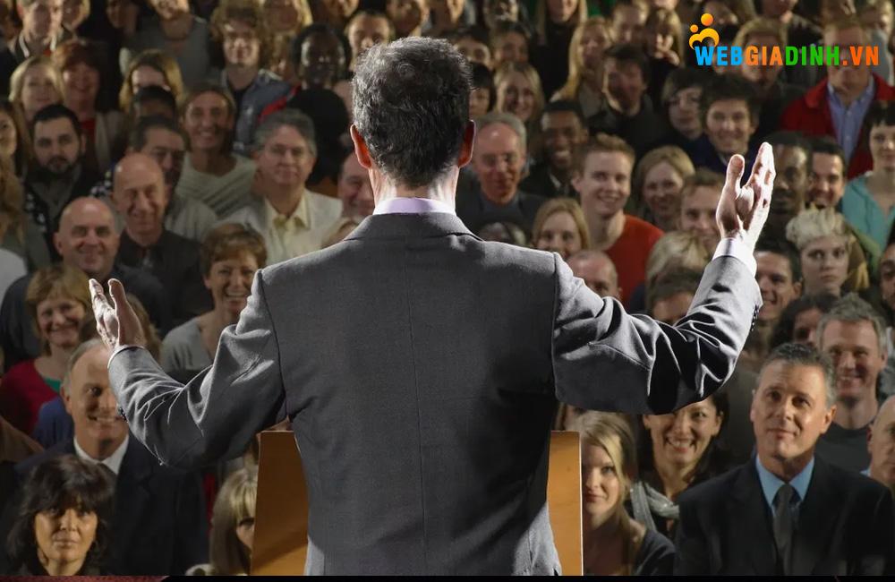 Nói trước đám đông là một kỹ năng rất quan trọng góp phần làm nên sự thành công!