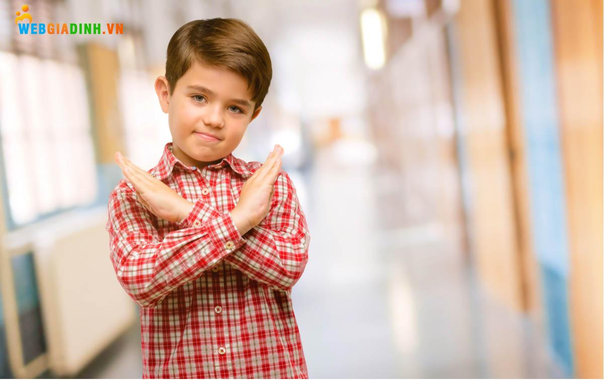 Dạy trẻ cách vâng lời, ngoan ngoãn