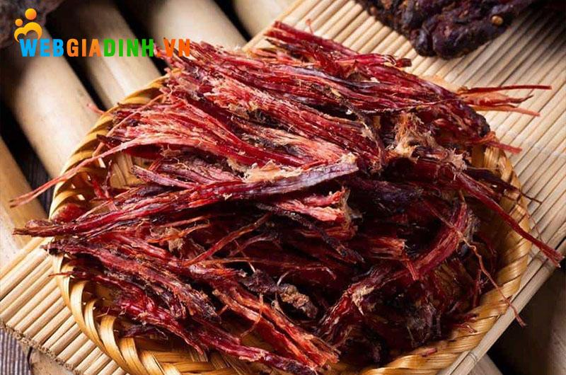 đặc sản Sapa thịt trâu gác bếp