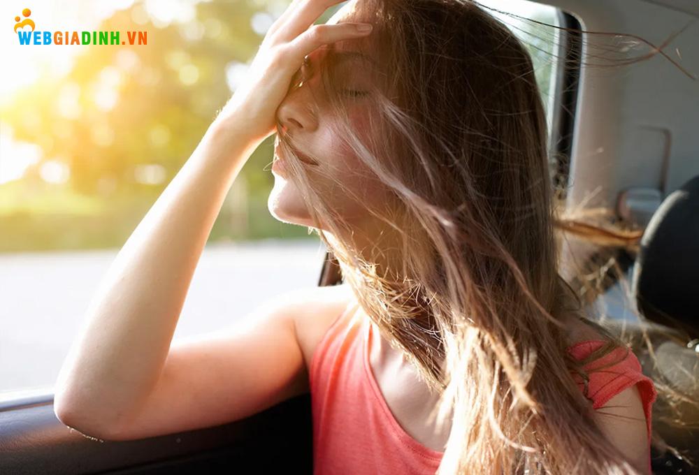 Mệt mỏi là triệu chứng của say tàu xe1