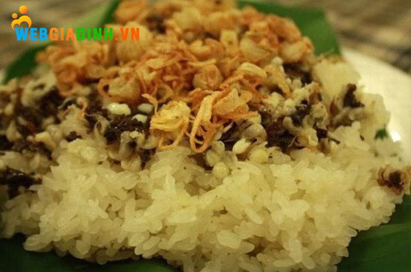 xôi trứng kiến-đặc sản Ninh Bình