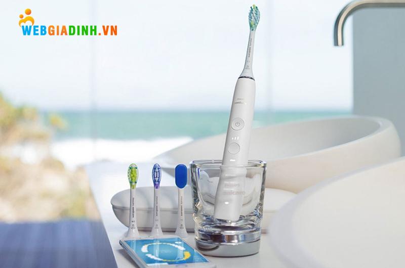 Bàn chải đánh răng điện Philips Sonicare Diamond Clean Smart
