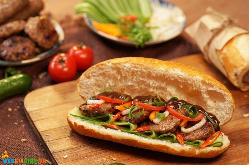 bánh mì nướng sả sốt mayo