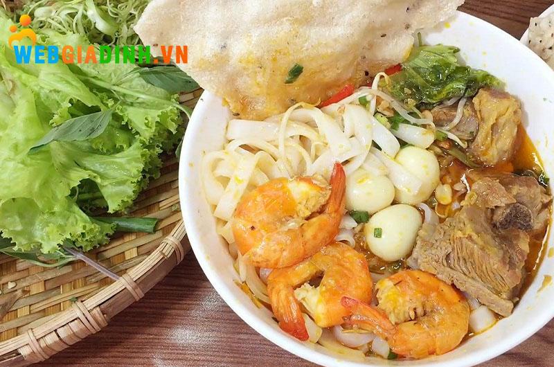 mỳ quảng- ẩm thực miền Trung