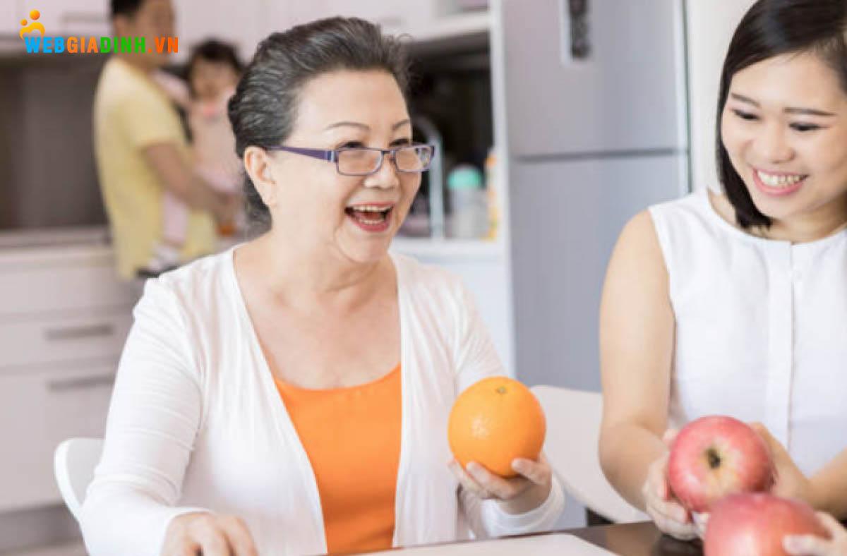 Thương yêu bố mẹ chồng giúp bạn hòa thuận với gia đình chồng