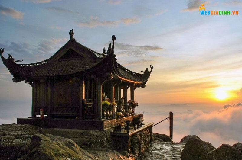 Địa điểm du lịch tâm linh chùa Đồng Yên Tử