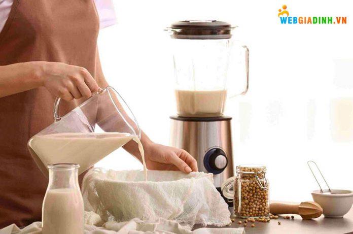 Nấu sữa hạt ở nhà